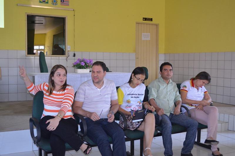 Thalita, Aloízio, Caroline, Anonio e Inara.